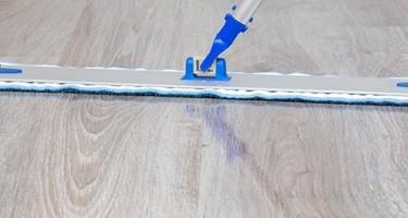 cleaning hardwood   O'Krent Floors