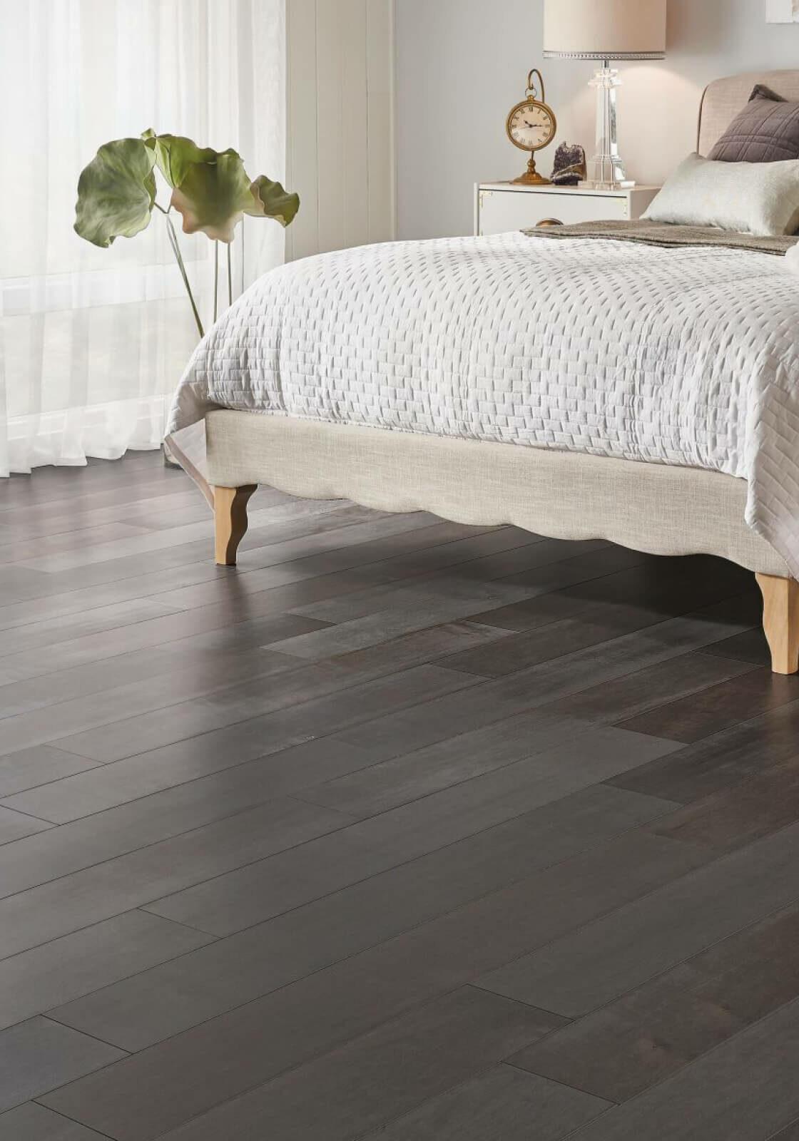 solid-or-engineered-hardwood   O'Krent Floors